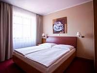 Dvoulůžkový pokoj s manželskou postelí - Vsetín