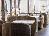 Interiér kavárny - Vsetín
