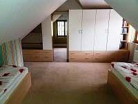 Ap. 2 - průchod ložnice č.2 a č.1