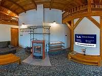 Obývací pokoj s krbovými kamny - Bílá