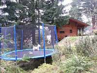 Trampolína u chaty