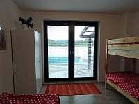 Apartmán s terasou - k pronájmu Dolní Lomná