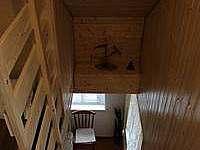 Schody do podkrovni ložnice - pronájem chaty Dolní Bečva