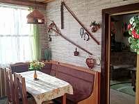 Na chatě je slunná jídelna - Ostravice