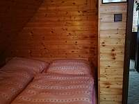 Pokoje jsou vytápěny krbem - Ostravice