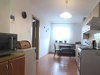 Kuchyň - apartmán k pronajmutí Hnojník