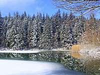 Karlovské jezero