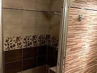 koupelna přízemí - sprchový kout - Kunčice pod Ondřejníkem