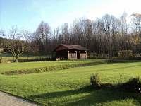 Podzimní zahrada altan