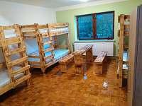 Pokoj pro 6 osob v přízemí