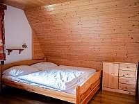 ložnice větší - chata k pronájmu Trojanovice