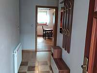 Vstupní chodba - pronájem apartmánu Tichá