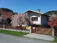 Rekreační dům na horách - okolí Jezerného