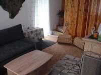obývací pokoj - pronájem chaty Rusava