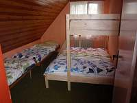 pokoj s pěti lůžky - pronájem chaty Rusava