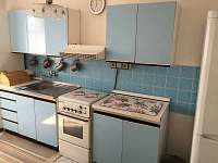 kuchyne-lednice,varic,rychlovana konvice,mikrovl.trouba,.. - Zubří