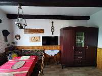 Společenská místnost - pronájem chaty Frenštát pod Radhoštěm