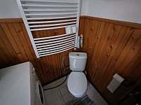 Toaleta - chata k pronájmu Frenštát pod Radhoštěm