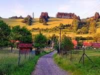 Cesta k vleku nad chalupou - Nový Hrozenkov