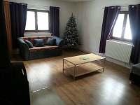 Obývací pokoj - chalupa k pronajmutí Velké Karlovice