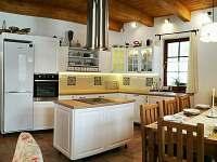 jídelna s kuchyní - Dolní Lomná