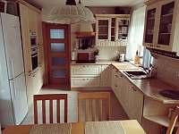 Chata Na vyhlídce- Kuchyň s jídelnou