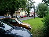 Cca 190 svatebčanů - Podsedice