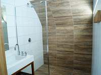 Apartmán III - koupelna