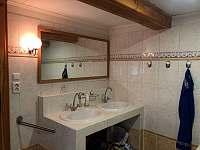 WC v patře - Dolní Nezly
