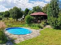 Bazének - chalupa k pronájmu Liběšice - Horní Chobolice