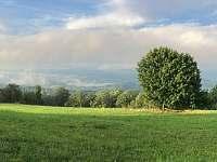 Pohled z nedalekého Havraního vrchu - Velká Javorská