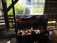 Možnost pronájmu velkého grilovacího zařízení pro akce a oslavy Velemín - Milešov