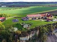 Levné ubytování Koupaliště Na Písečném ostrově Litoměřice Penzion na horách - Slavětín - Kystra