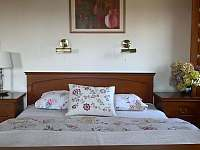 Ložnice v 1. p. - Stvolínky - Kolné