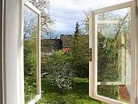 výhled na zahradu - Úštěk - Ostré