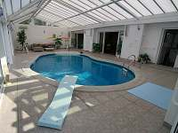 Chalupa s bazénem