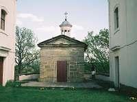 Kalvárie s kaplí vrch Ostrý