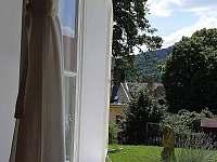 výhled z okna - pronájem apartmánu Zubrnice
