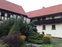 ubytování s bazéném v Českém středohoří