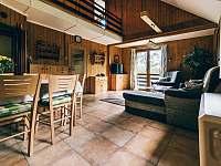 obývací pokoj - chata ubytování Kyjov u Krásné Lípy