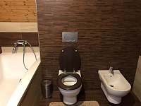koupelna v patře - Horní Podluží