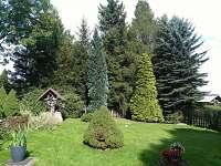 zahrada - pronájem chalupy Jiřetína pod Jedlovou