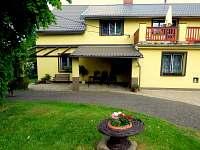 Dva apartmány, každý s venkovním posezením - k pronájmu Staré Křečany