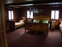 Ložnice s 5 lůžky - chalupa k pronájmu Všemily