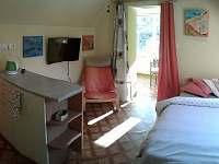 apartmán Pravčícká brána, kuchyňka s ložnicí - Hřensko