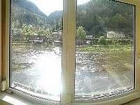 Apartmán Pravčícká brána výhled z jídelny - Hřensko