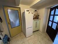 nová lednice 2020 - roubenka k pronajmutí Staré Křečany
