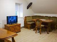 Dvoupokojový byt 2 patro. - apartmán ubytování Mezná u Hřenska
