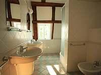 Koupelna č.2- první patro - chalupa k pronajmutí Mezná u Hřenska