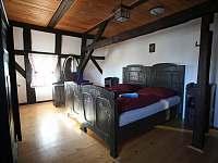 Pokoj č.2- první patro - Mezná u Hřenska